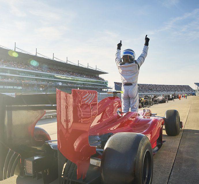 Wat doen Formule 1 coureurs buiten de races?