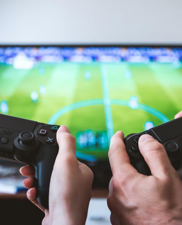 De vriendschappelijke strijd op de werkvloer met games