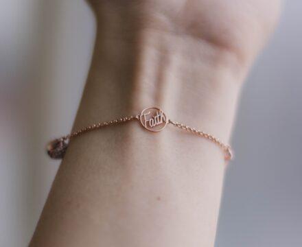 Armbanden van Divone