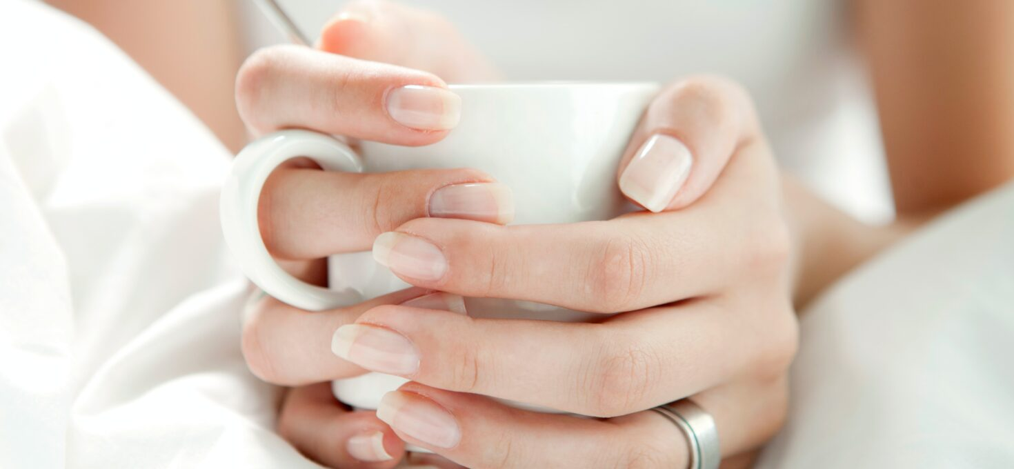 Door deze stappen te volgen maak jij je nagels weer mooi